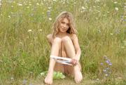 http://img18105.imagevenue.com/loc1154/th_156930455_9112_123_1154lo.jpg
